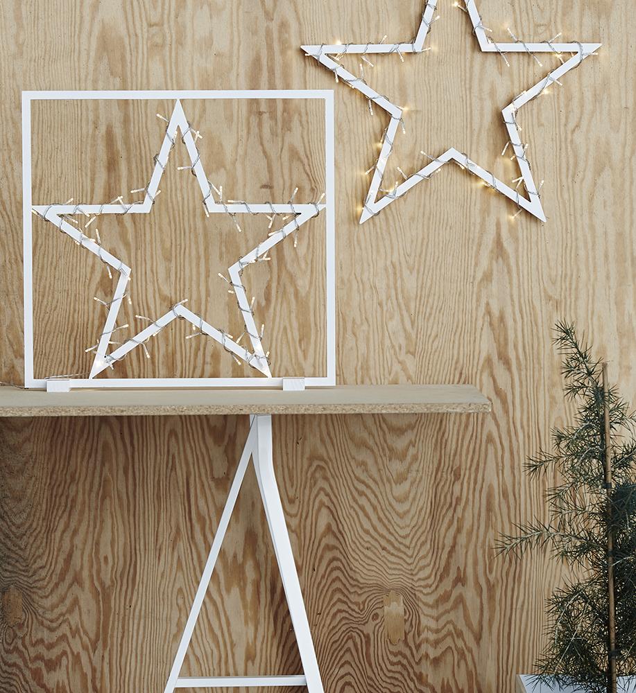 TRENTON - Wooden star