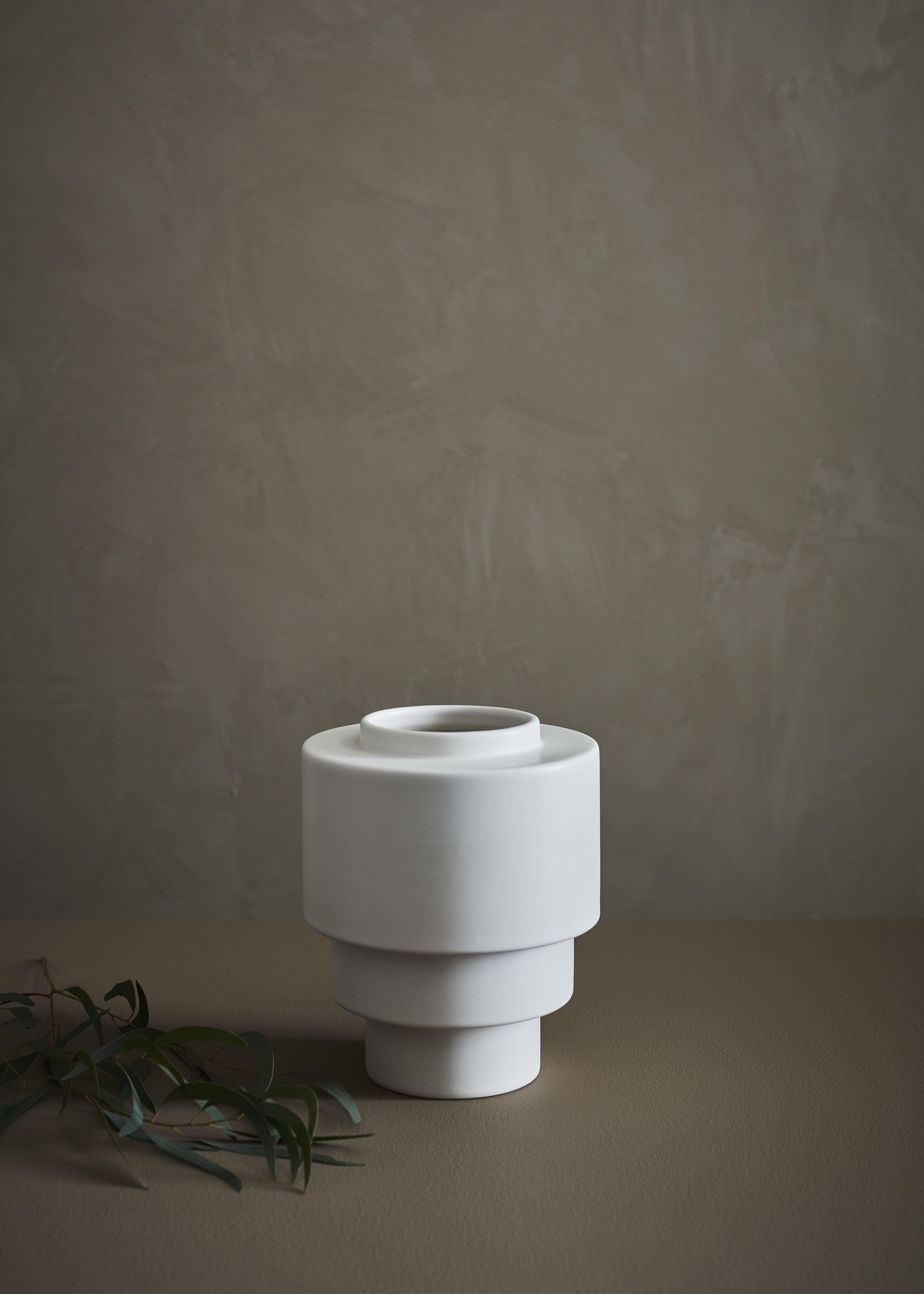 AKKA - Ceramic Pot white matt